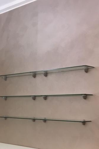 Shelf wall in salon